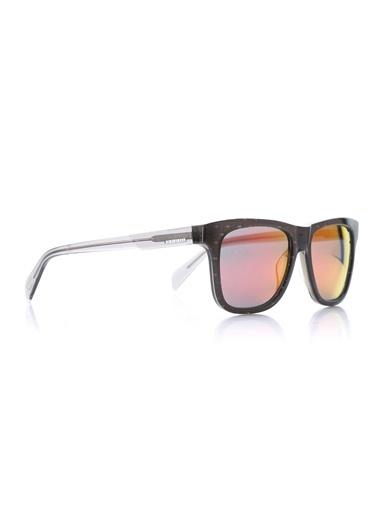 Güneş Gözlüğü-Diesel